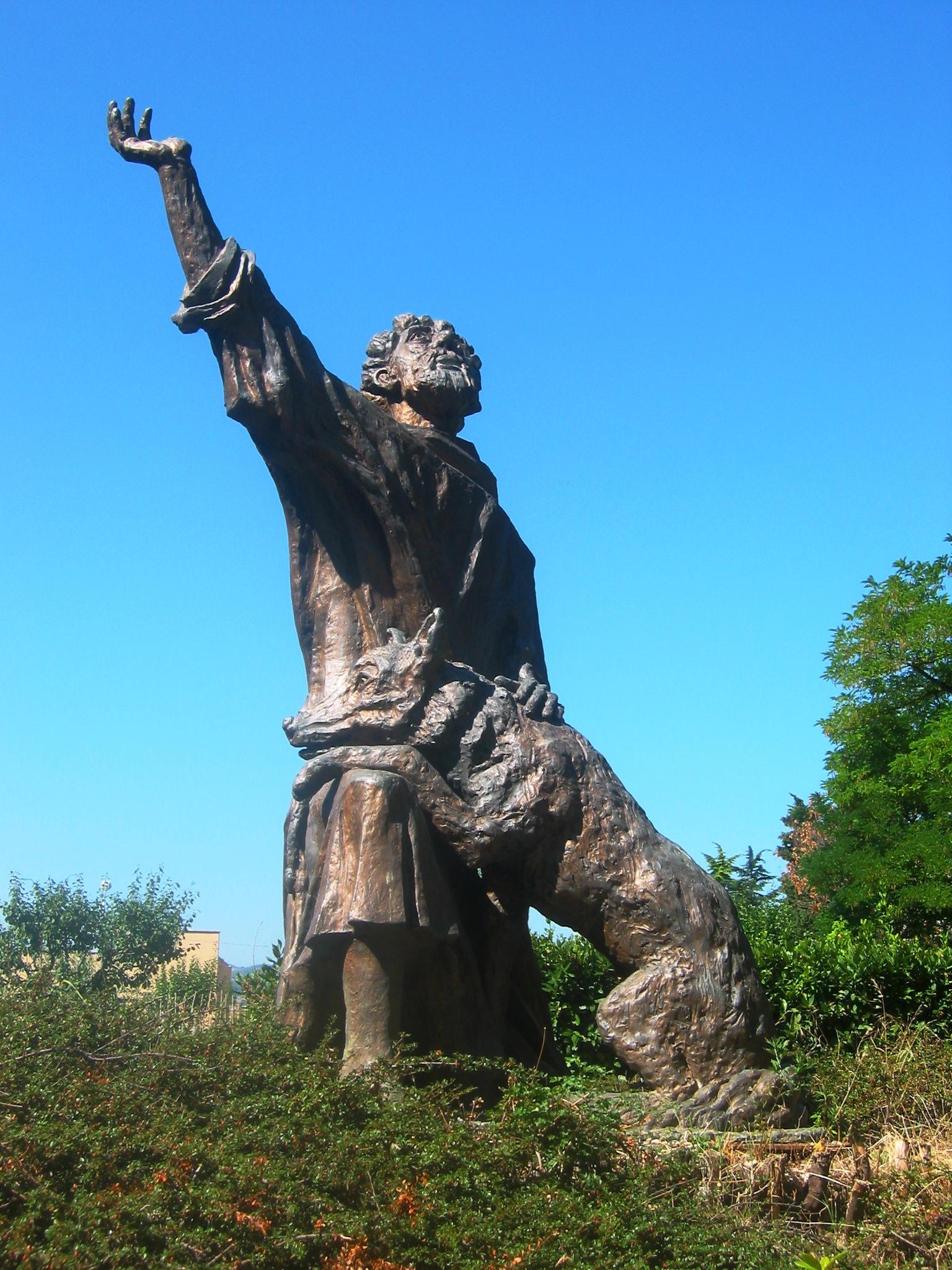 San Francesco e il Lupo, statua del prof. R. Bellucci Immagine di goodmorningumbria